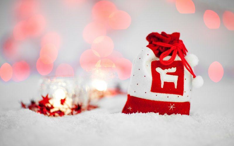 Twelve Contemporary (Shopping) Days of Christmas